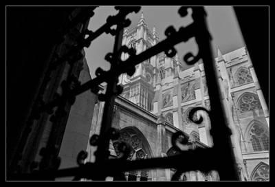 Westminster Abbey Digital Art - Westminster Abbey Courtyard by Maj Seda