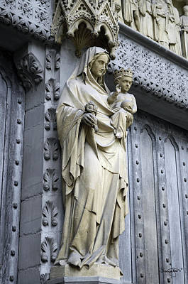 Photograph - Westminster Abbey Madonna And Child by Shanna Hyatt