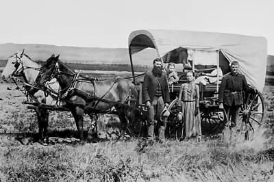 Conestoga Photograph - Westward Family In Covered Wagon C. 1886 by Daniel Hagerman
