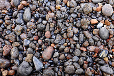 Photograph - Wet Volcanic Pebbles by Fabrizio Troiani