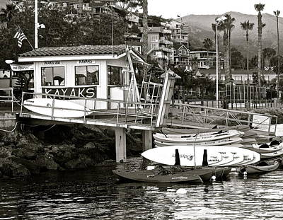 Photograph - Wetspot Boat Rentals B W by Jeff Gater
