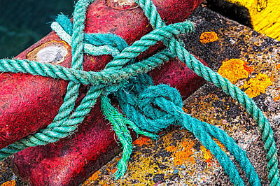 Photograph - Wharf Tie Cleat With Rope by Perla Copernik