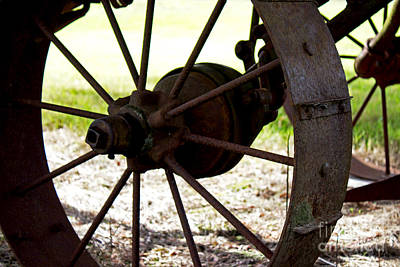 Photograph - Wheel In Time by Deanna Proffitt