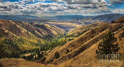 Photograph - White Bird Hill View by Robert Bales