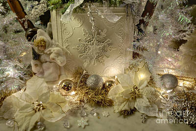 Photograph - White Christmas - Vaile Mansion by Liane Wright