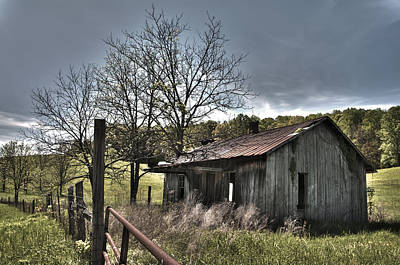 Photograph - White County Cabin by Carol Erikson