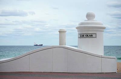 White Decorative Columns At Las Olas Art Print