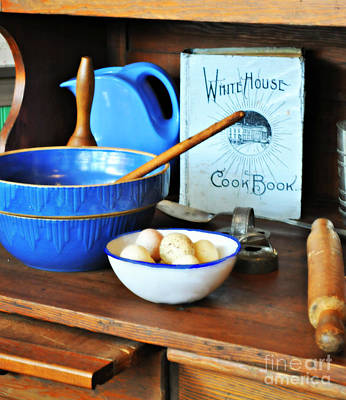 Photograph - White House Cookbook by Mindy Bench