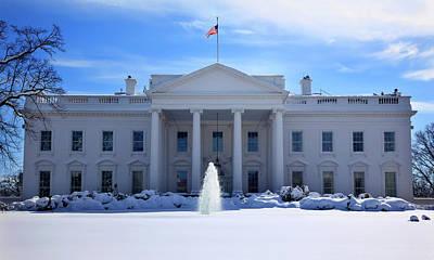 White House Fountain Flag After Snow Art Print