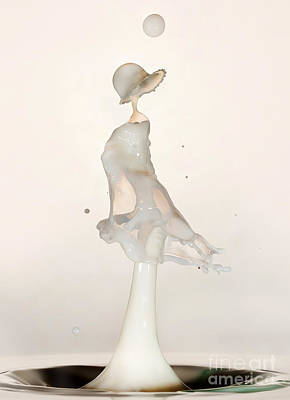 High Speed Photograph - White Lady by Jaroslaw Blaminsky