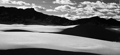 Photograph - White Sands Nm by Erik Poppke