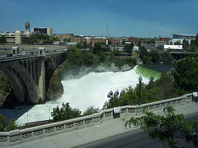 Photograph - White Water Over Spokane Falls by Georgia Hamlin