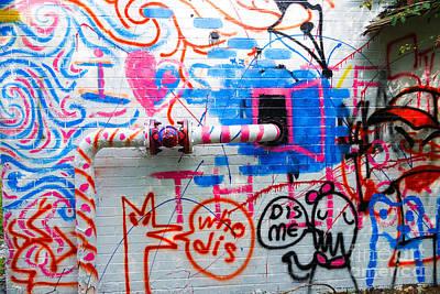 Who Dis Dis Me Graffiti  Art Print