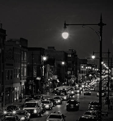 Photograph - Wicker Park Chicago In Black And White by Candace Zynda