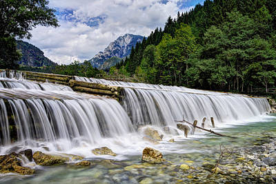 Green Photograph - Wide Waterfall by Ivan Slosar