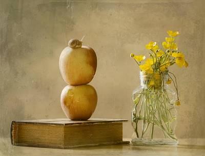 Snail Photograph - Wild Flowers by Delphine Devos