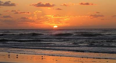 Photograph - Wildwood Beach Here Comes The Sun by David Dehner