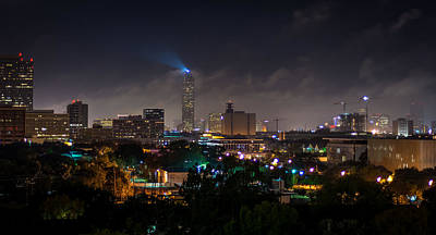 Tower Of David Photograph - Williams Tower Beacon by David Morefield