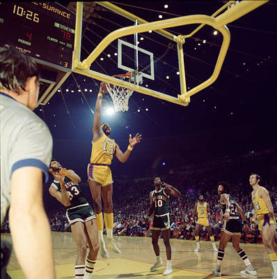 Wilt Chamberlain Dunks Print by Retro Images Archive