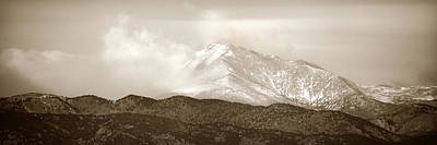 Photograph - Wind Up Against Longs Peak by Marilyn Hunt