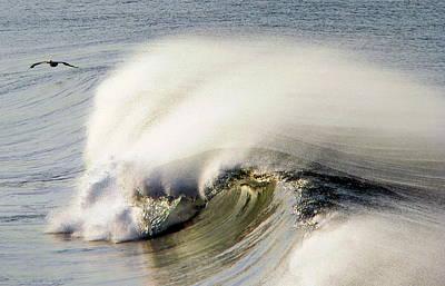 Photograph - Windblown Wave by Jeff Lowe