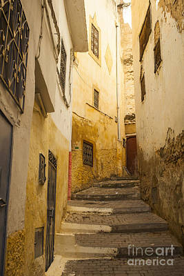 Photograph - Winding Alley In Morocco by Patricia Hofmeester