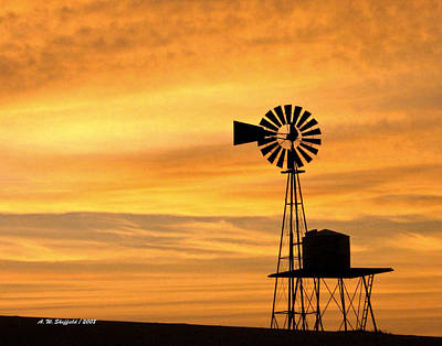 Photograph - Windmill At Dawn 2008 by Allen Sheffield