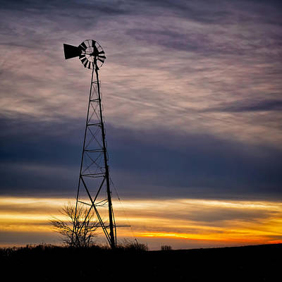 Old Fashioned Water Pump Photograph - Windmill At Sunset by Jeff Burton