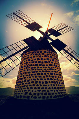 Windmill At Sunset Print by Wladimir Bulgar