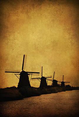Windmils Of Kinderdjik Art Print by Jaroslaw Blaminsky