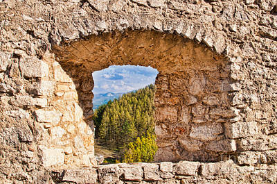 Photograph - Window In The Castle Wall by Les Palenik
