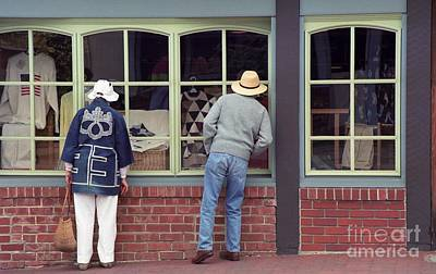 Photograph - Window Shoppers by James B Toy