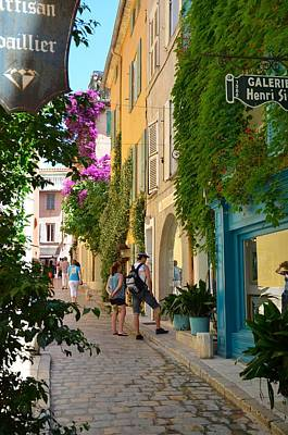 Photograph - Window Shopping In St Tropez by Corinne Rhode