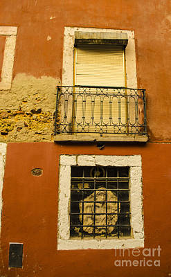 Photograph - Windows Of The Alfama by Deborah Smolinske