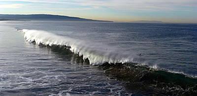 Photograph - Windswept Wave by Jeff Lowe