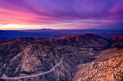 Photograph - Windy Point Sunrise by Kayta Kobayashi