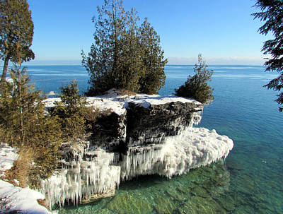 Winter At Cave Point Art Print by David T  Wilkinson