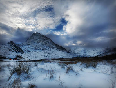 Winter At Tryfan Art Print by Beverly Cash