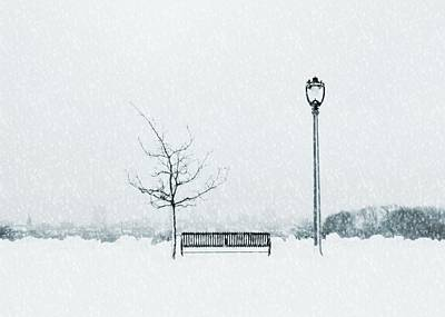 Vintage Movie Stars - Winter in the City - snowfall by Victoria Fischer