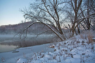 Photograph - Winter On The Potomac by Suzanne Stout