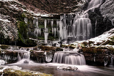 Winter Wonders At Scaleber Force Art Print by Chris Frost