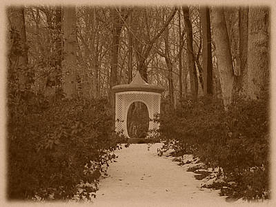 Photograph - Winterthur - Gazebo by Richard Reeve