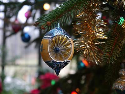 Photograph - Winterthur - Glass Tree Ornament  by Richard Reeve
