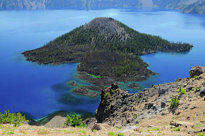 Wizard Island Photograph - Wizard Island From The Watchman, Crater by Michel Hersen