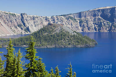 Photograph - Wizard Island In Crater Lake by Ellen Thane