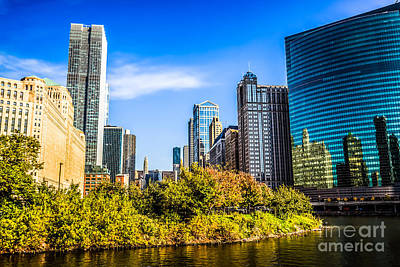 Wolf Point In Chicago Art Print by Paul Velgos