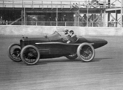 Race Cars Photograph - Woman Goes100 Mph In 1920 by Underwood Archives