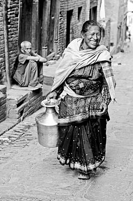 Photograph - Woman In Bhaktapur by Valerie Rosen