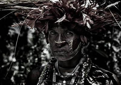 Guinea Wall Art - Photograph - Woman In The Sing-sing Festival Of Mt Hagen - Papua New Guinea by Joxe Inazio Kuesta