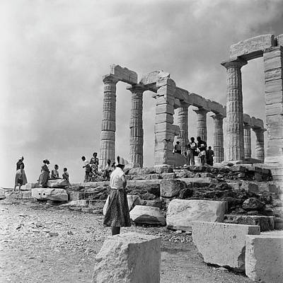 Athens Ruins Photograph - Woman Looking At The Acropolis by Henry Clarke